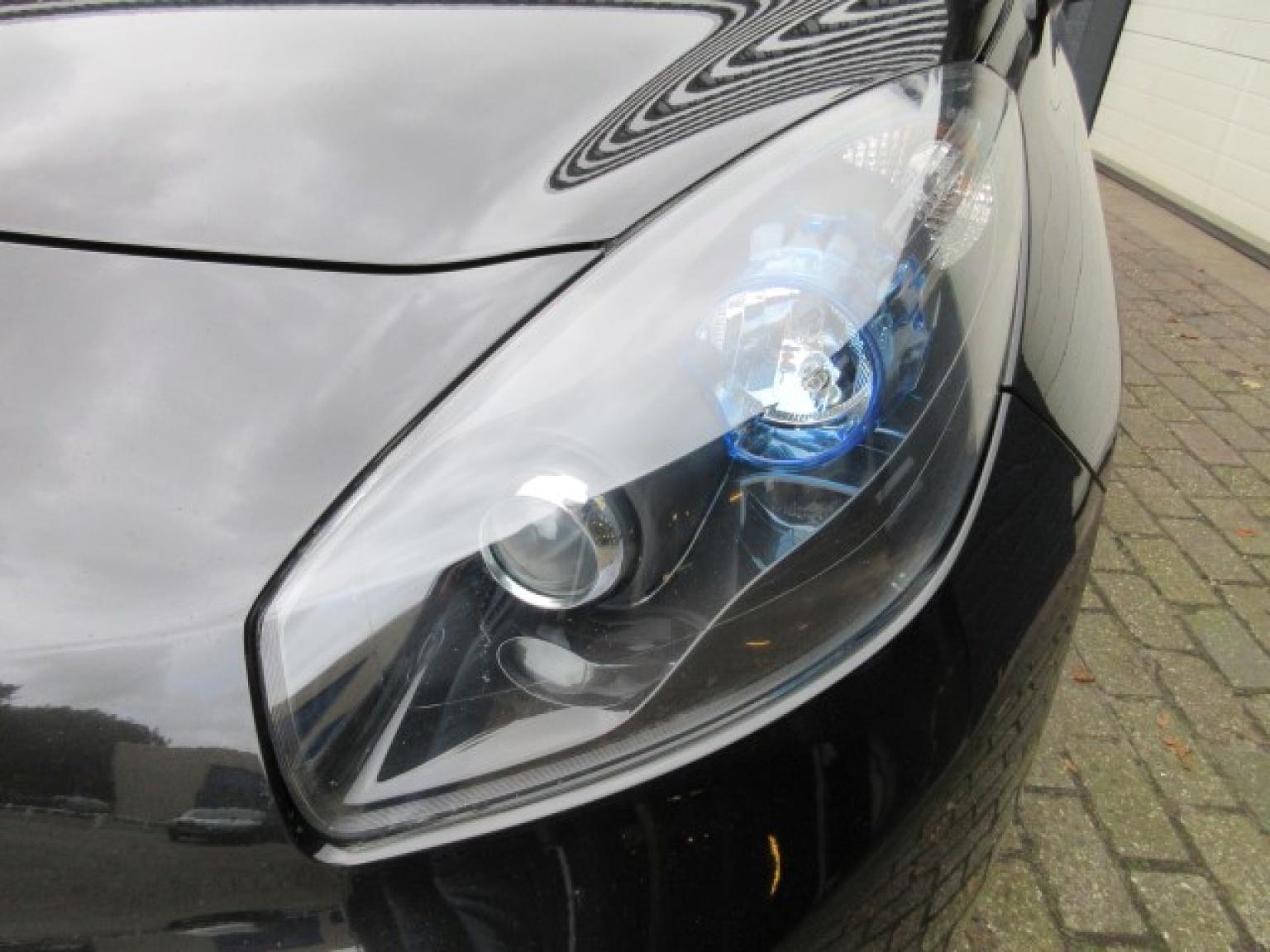 Renault-Wind-10