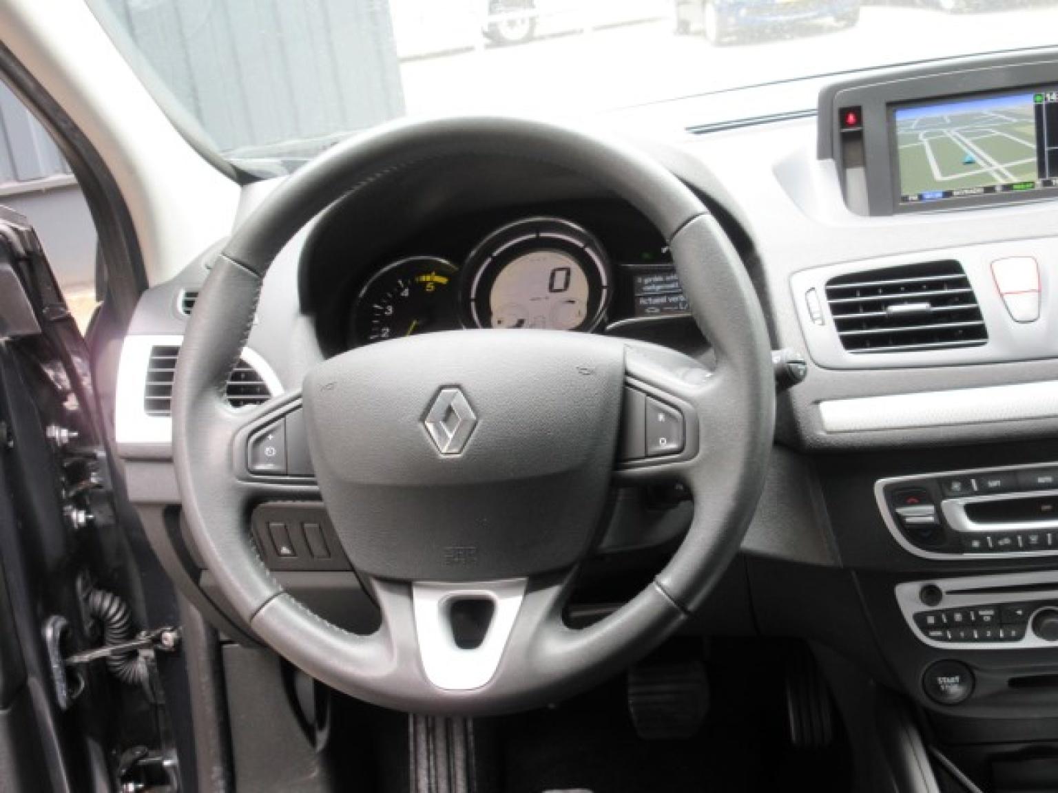 Renault-Mégane-13