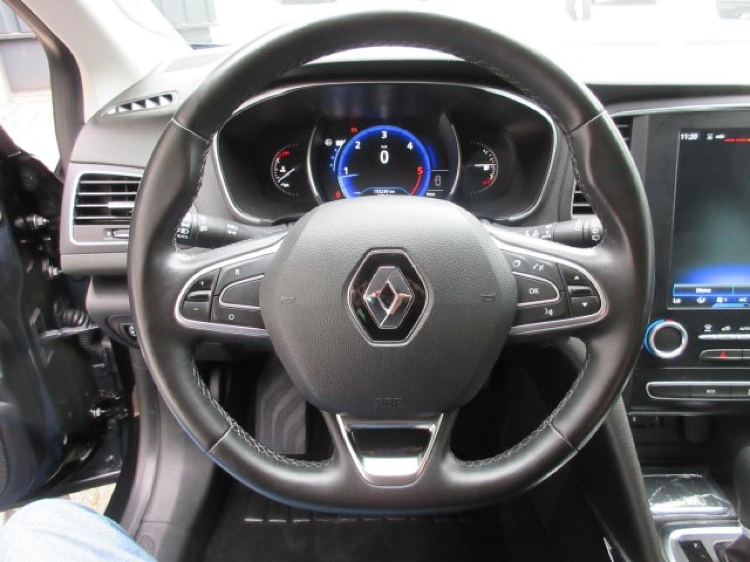 Renault-Mégane-21