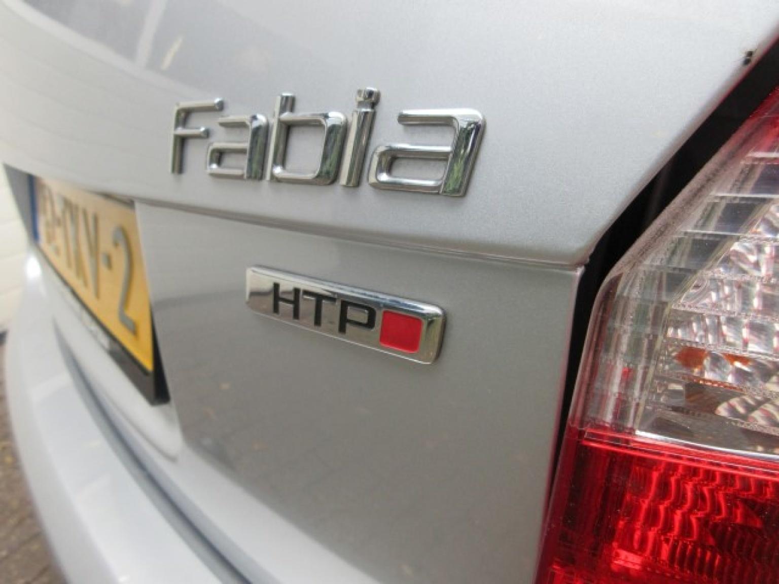 Škoda-Fabia-6