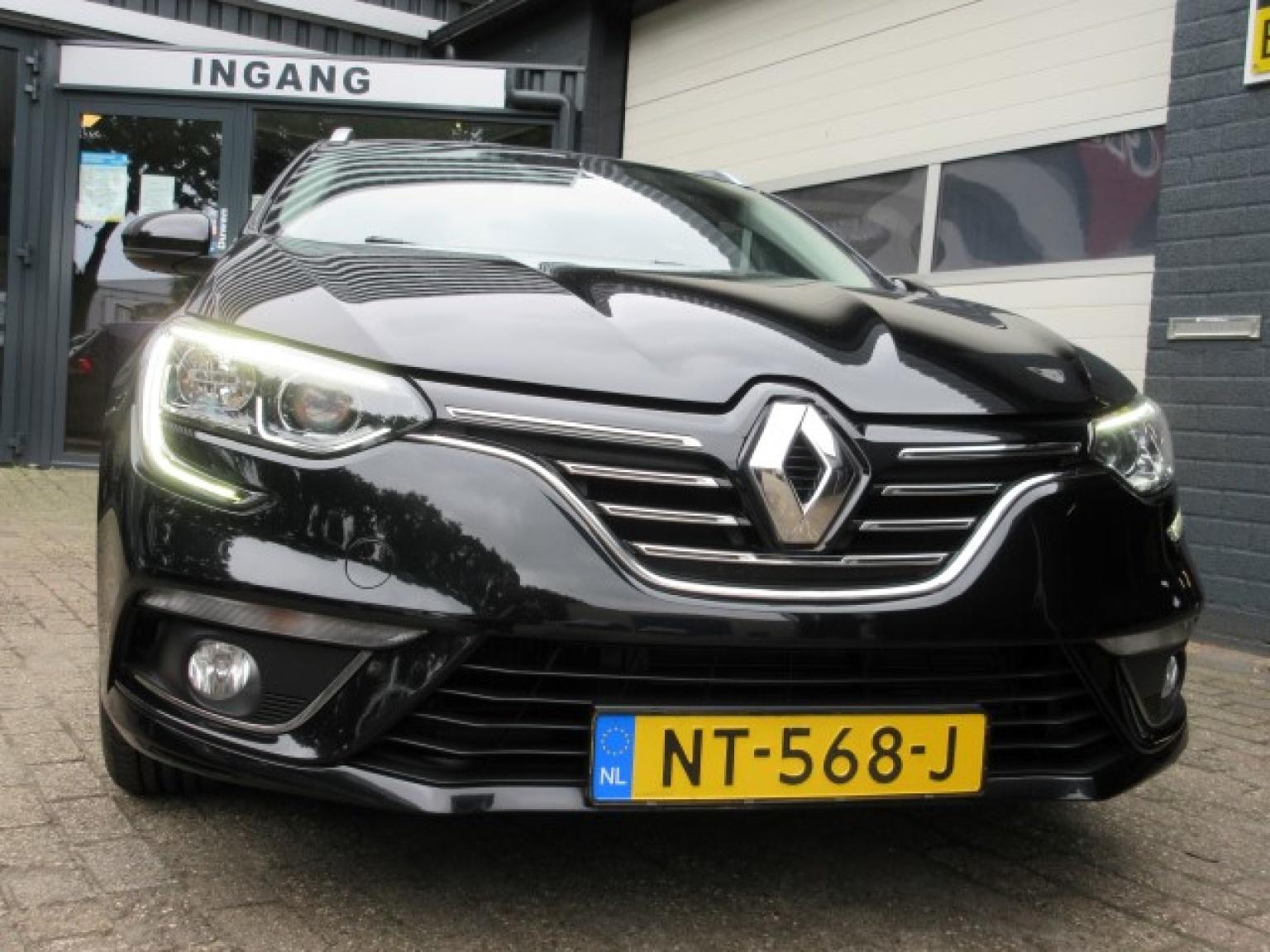 Renault-Mégane-2